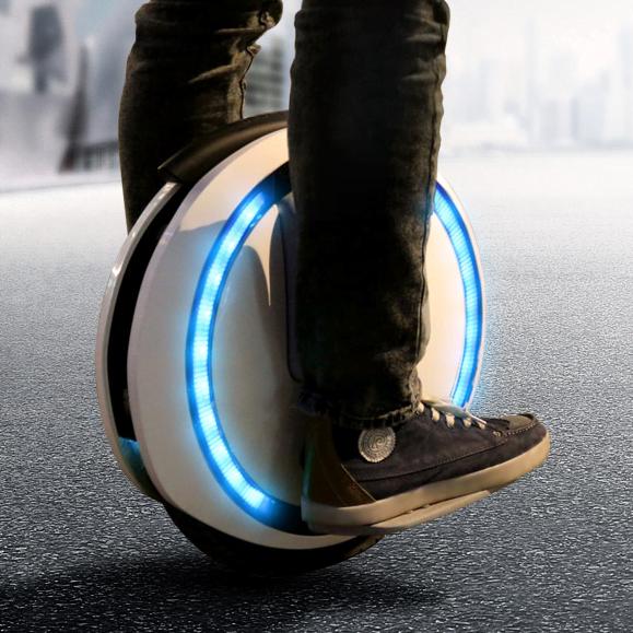De ce să cumpărați o placă pe roți pentru joacă și deplasări autonome?