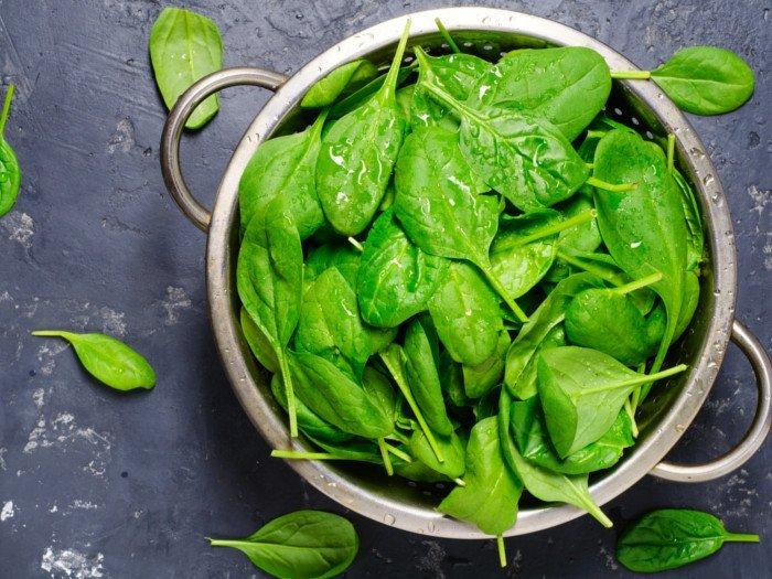 Spanacul este unul dintre alimentele sănătoase importante