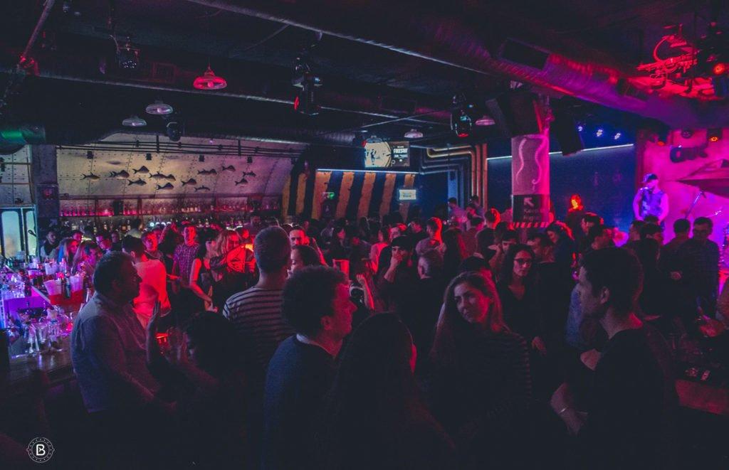 Club Beluga Music Cocktails