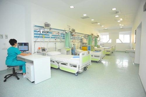 MedLife e companie furnizoare de servicii medicale, din România
