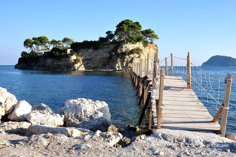 Plaja Cameo Island din Zakynthos