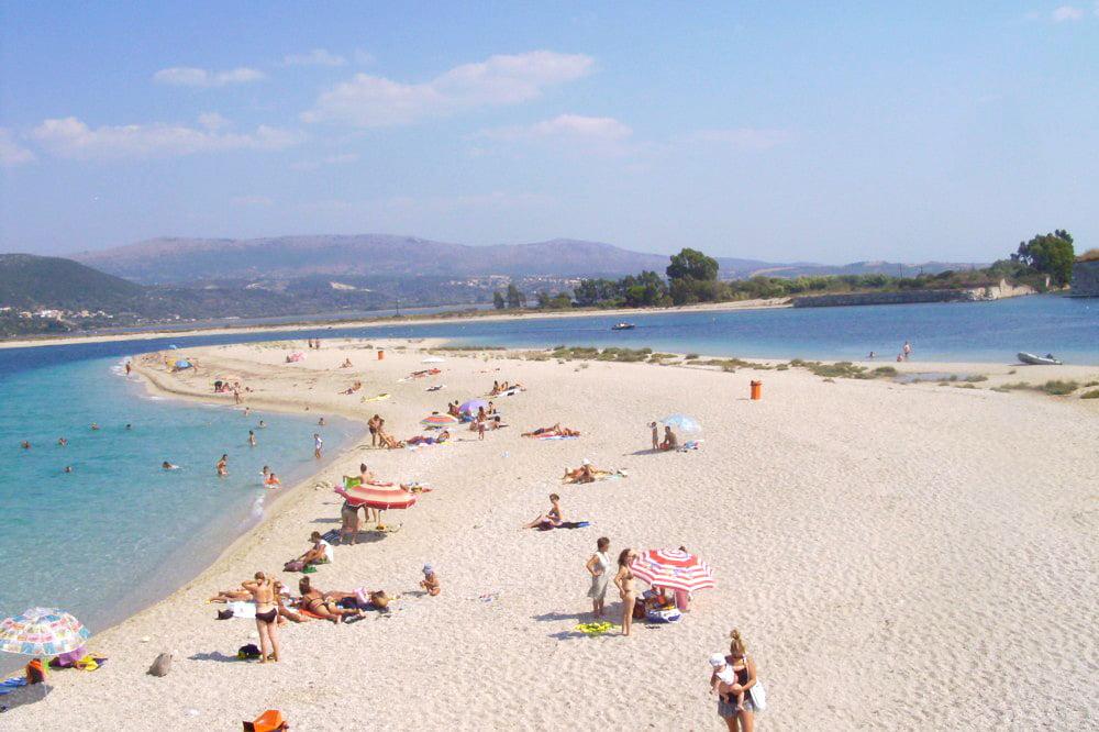 Plaja din orasul Lefkada