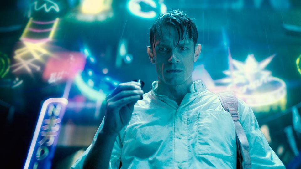 Altered Carbon serial original netflix