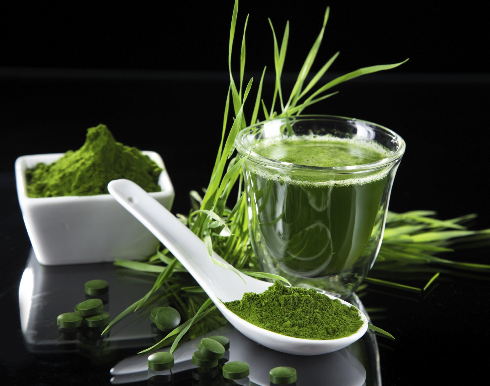 Spirulina: Top 10 Beneficii ale Spirulinei