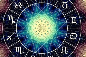 Horoscop 16 noiembrie 2019. Există riscul unor neînțelegeri cu cei dragi, pentru Raci