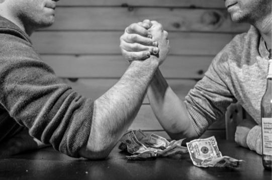 Credit în lei sau în valută? Cum alegi varianta cea mai bună pentru tine