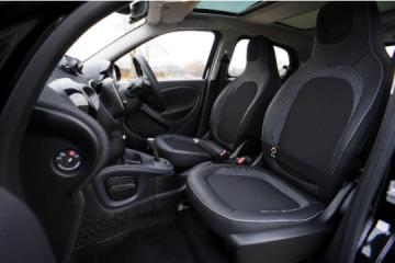 Ce presupune întreținerea interiorului unei mașini?